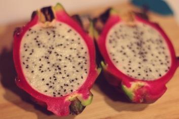 cut dragonfruit
